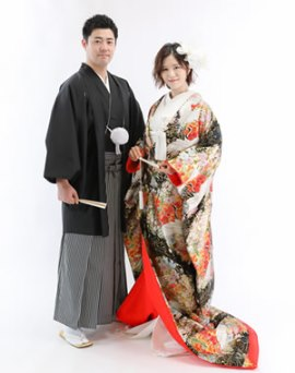 和装で結婚写真